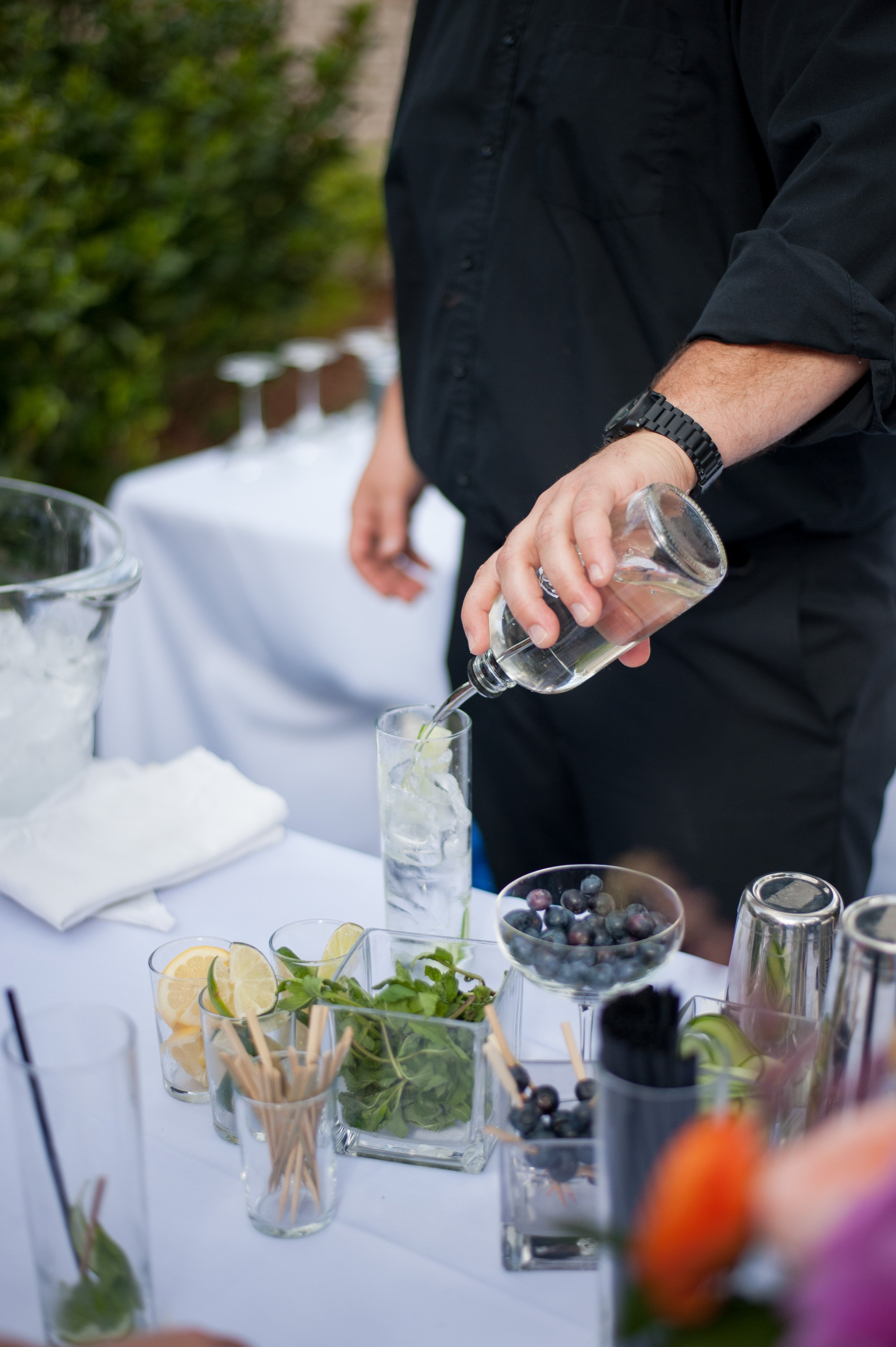 making mojitos at Charleston garden party
