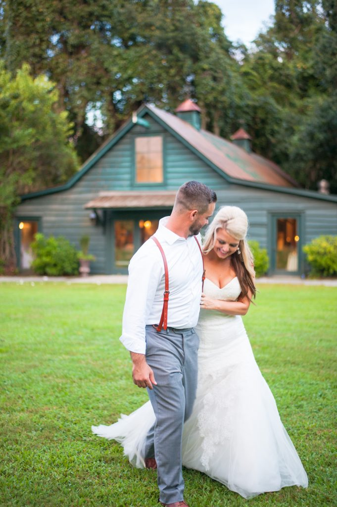 Magnolia Plantation wedding bride and groom photos