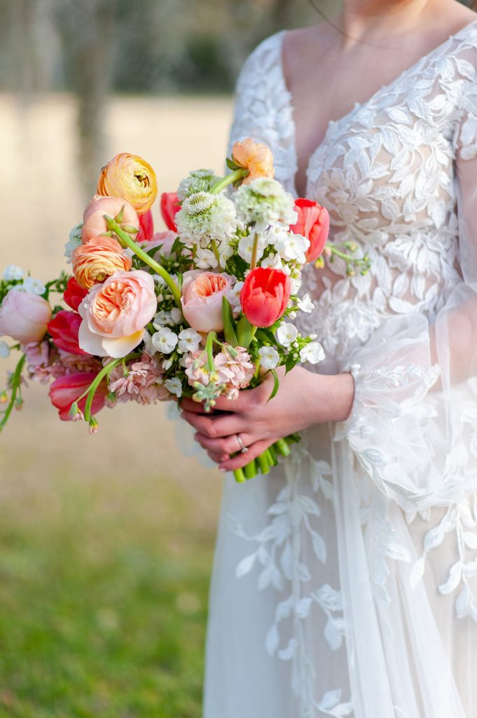 pink blush peach bridal bouquet at Runnymede Plantation